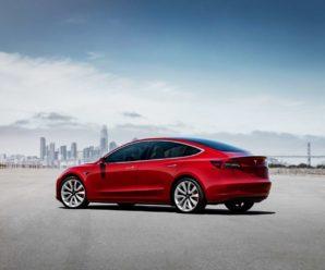 Tesla Model 3 films its vandals in action