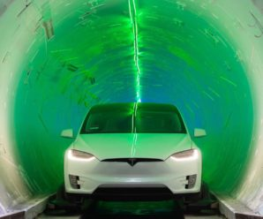 The Boring Company: Elon Musk organizes a race in his tunnel