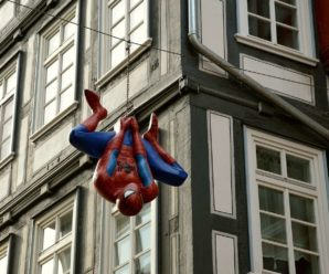 Autonomous cars and drones inspired by Spiderman