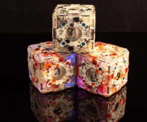 These cube-robots come together on their own